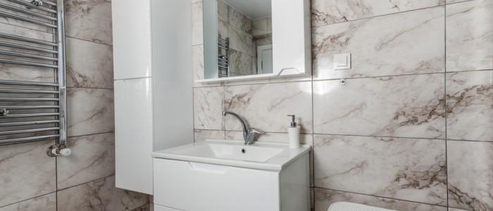 Muebles de baño con fondo reducido para espacios reducidos